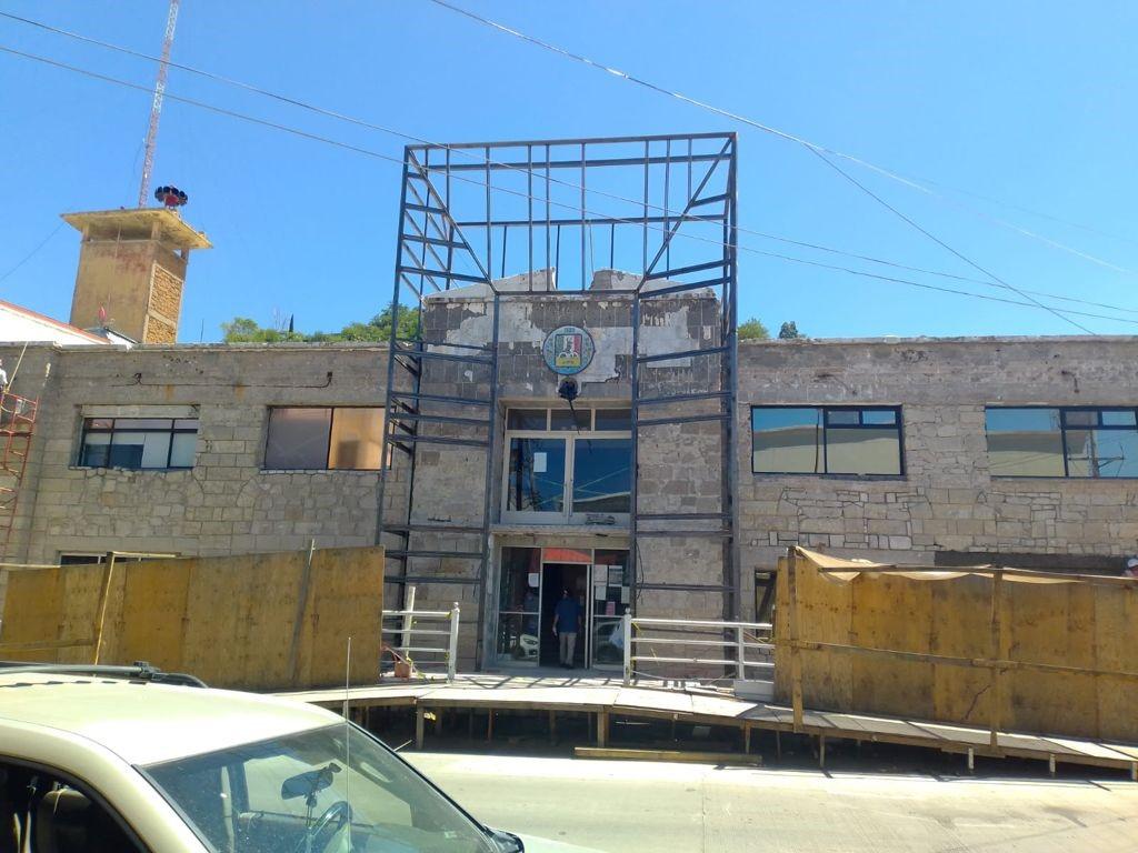 Avanza 85% el rescate del edificio del Palacio Municipal