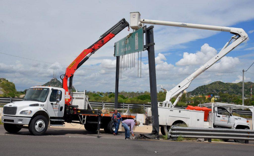 Retira CIDUE señalamiento de altura para seguridad de automovilistas