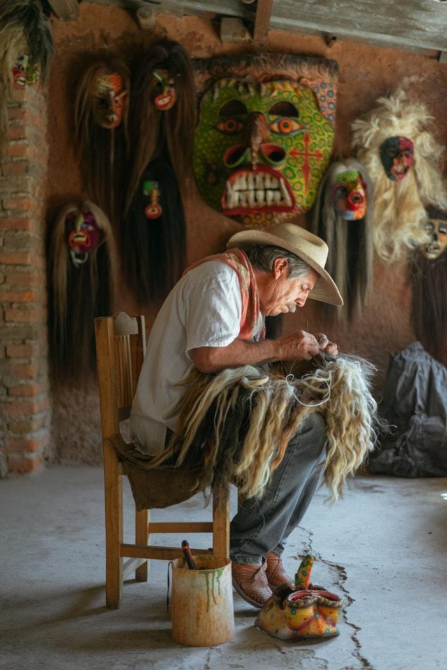Senadora de Morena busca desaparecer comercio ambulante. Foto de Los Muertos Crew en Pexels