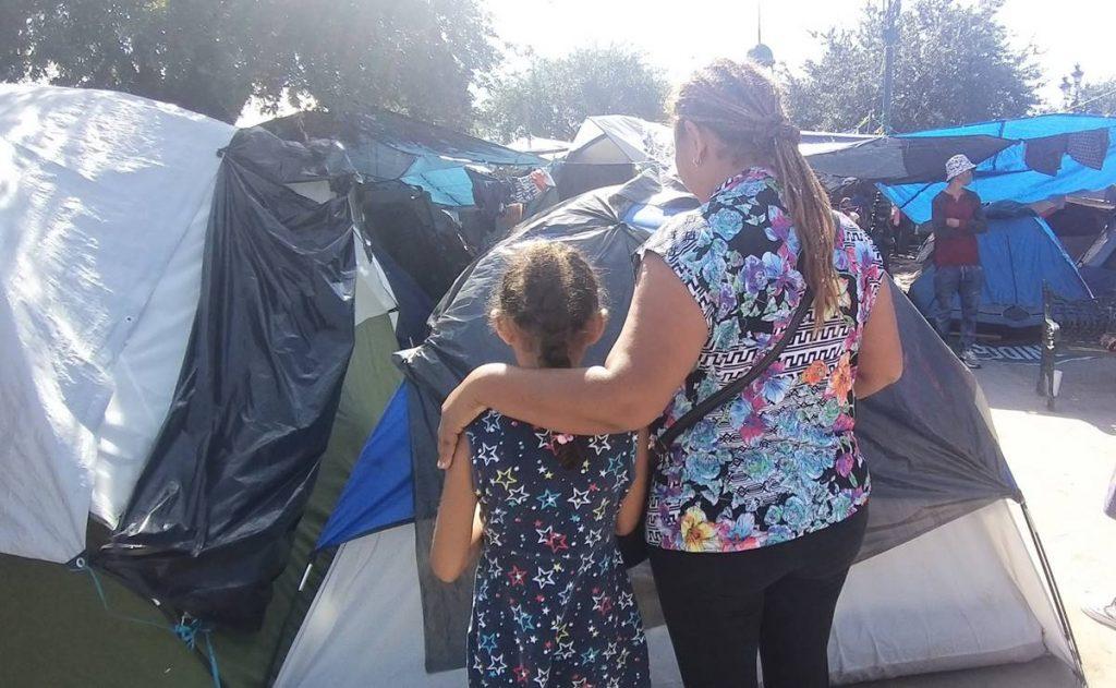 """Depredadores """"cazan"""" a niñas migrantes en Reynosa"""